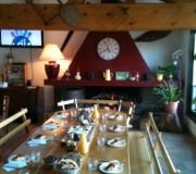Petit Déjeuner à la chambre d'hôtes San Larenzu à Aullène
